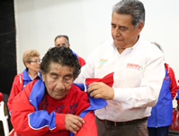 Más de 1.600  adultos mayores recibieron sudaderas del  IMRDS