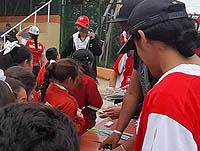 Barras del fútbol se suman al cambio social en Soacha