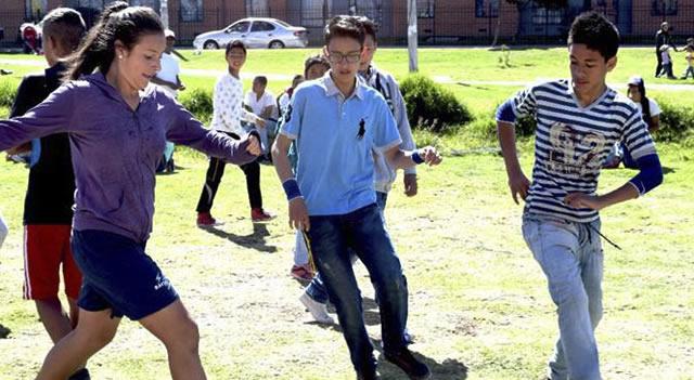 """Finaliza """"Convivir Jugando"""", el torneo de fútbol que estimula el juego limpio en Soacha"""