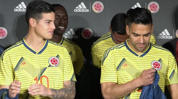 Colombia vuelve al uniforme tradicional para enfrentar a Catar