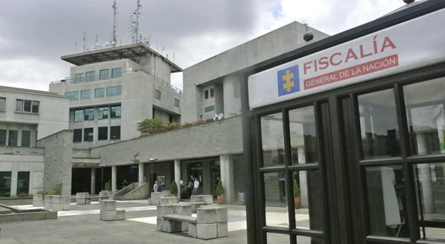 Fiscalía respalda defensa de Uribe para retirarle calidad de imputado