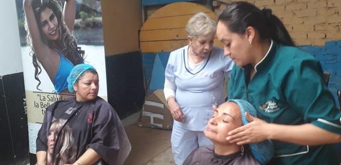 Belleza y empleabilidad llegó al barrio Eugenio Díaz