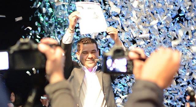Nicolás García recibe coaval de Cambio Radical