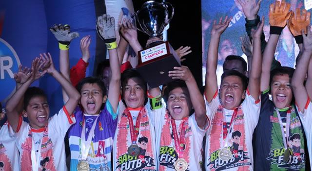 Sibaté campeón de la copa zonal  Baby Fútbol realizada en Soacha