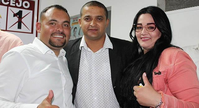 Jonnathan Vela inaugura su sede política