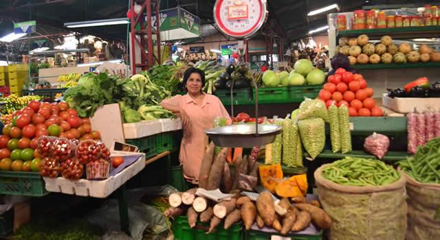 Plazas Distritales de Mercado cocinarán 4000 almuerzos para personas vulnerables