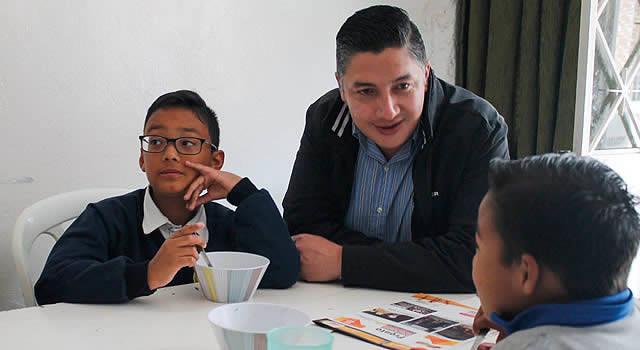 Pensamiento, corazón y vida por la mejora en la educación de los soachunos