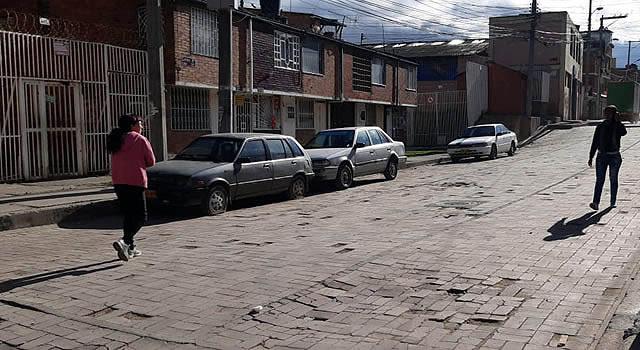 Alcaldía de Soacha abrió vía en conjunto cerrado y no responde por daños