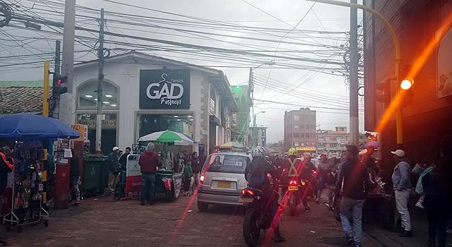 Se instalan  semáforos en el centro de Soacha