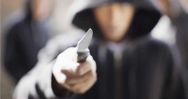 Asegurado delincuente que hirió a mujer por robarle el celular en Soacha