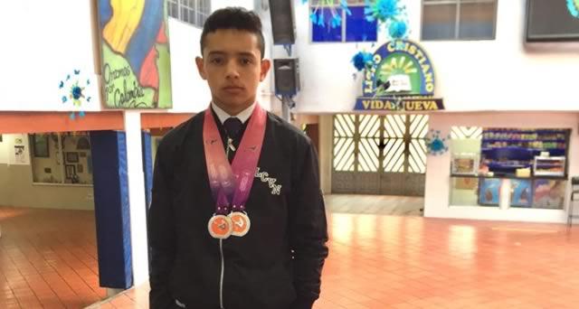 Joven soachuno triunfó en el Sudamericano de Gimnasia en Trampolín