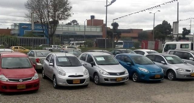 Judicializados presuntos responsables de una estafa masiva con automóviles