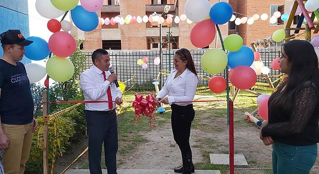 Sabana Ciprés inaugura parque infantil