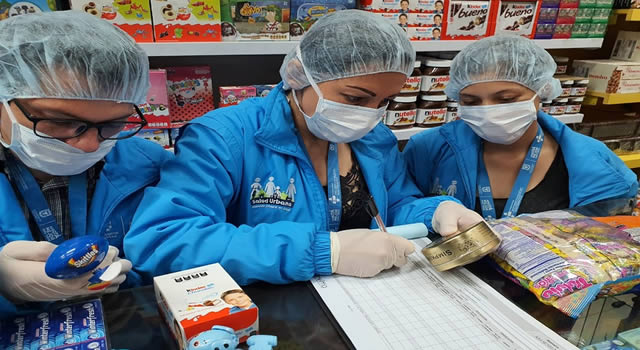 Decomisan 230 kilos de dulces que no cumplían con medidas sanitarias