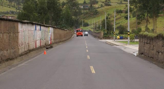 13 billones de pesos se han invertido en mejoramiento de vías en Cundinamarca