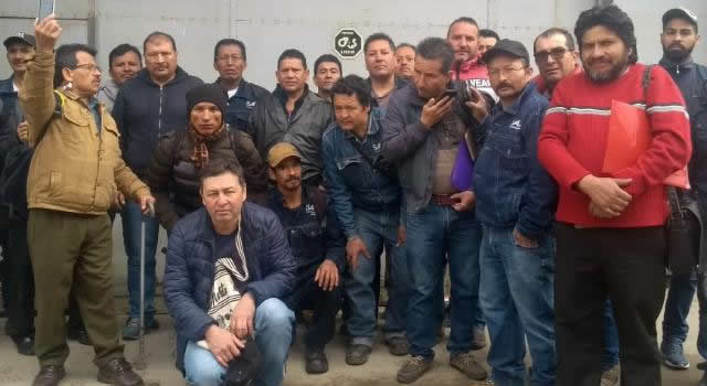 Por cierre de empresa en Soacha, 28 personas  participan en huelga indefinida