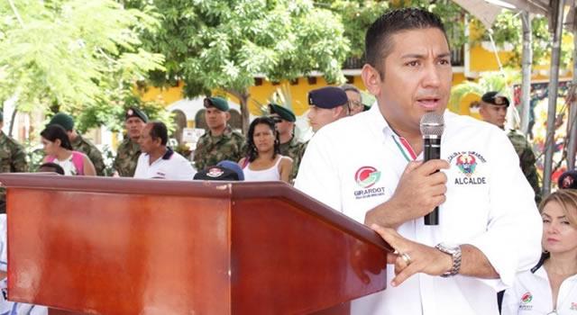 Procuraduría destituye por 11 años al alcalde de Girardot, Cundinamarca