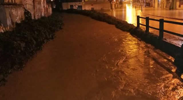 Inundaciones en dos barrios de Soacha dejan afectaciones económicas a las familias
