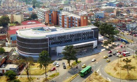 Alerta por retrasos en construcción de torre de urgencias del Hospital de Kenedy