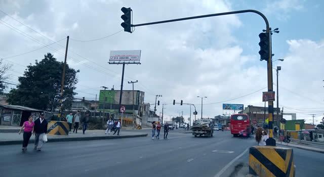 Semáforo del Altico genera caos constante en la movilidad de Soacha