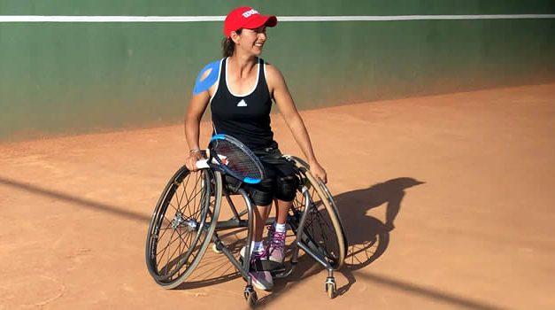 Tenista Johana Martínez compartió con pequeños del Club Revival de Soacha
