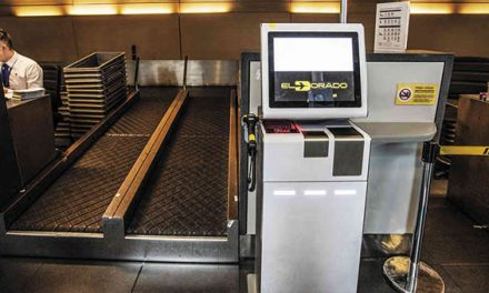 Aeropuerto El Dorado tiene nuevas máquinas para chequear maletas y pasar migración