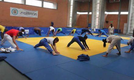 U. Santo Tomás trae clases de arte y deporte a los niños y jóvenes de Soacha