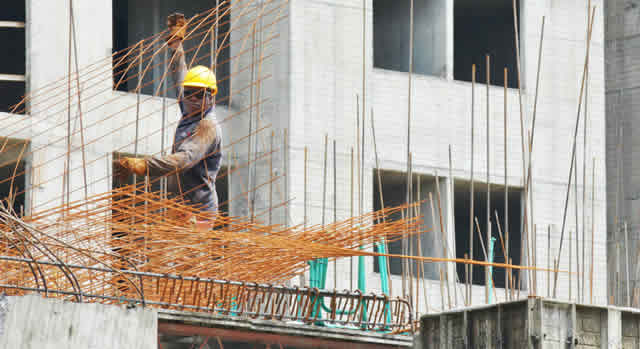 Primeros sectores de la economía que se reactivarían en Bogotá