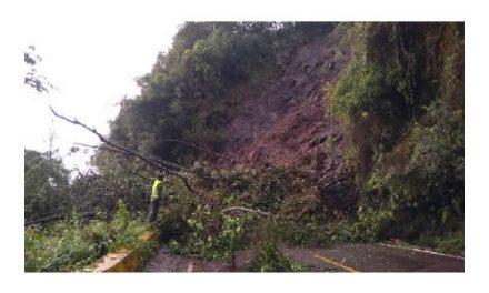 Derrumbe  bloquea vía Fusagasugá – Sibaté en Cundinamarca