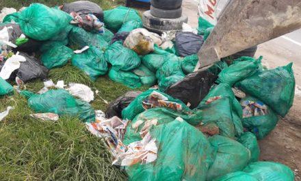 Botadero de basura causa emergencia de salud pública en vía de Soacha