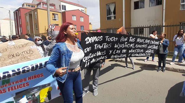 Madres comunitarias de Soacha exigen garantías laborales al ICBF