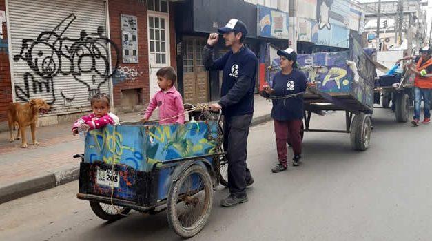 Recicladores de Soacha marcharon como símbolo de unidad y protección al  medio ambiente
