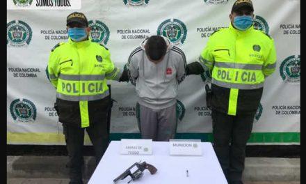 El peligroso sujeto que capturó la Policía de Soacha en Parque Campestre