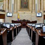 Senadores se oponen a que Gobierno transfiera responsabilidad del Covid-19 a alcaldes y gobernadores