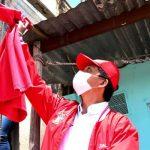 'La estrategia del trapo rojo', el símbolo de solidaridad  que nació en Soacha
