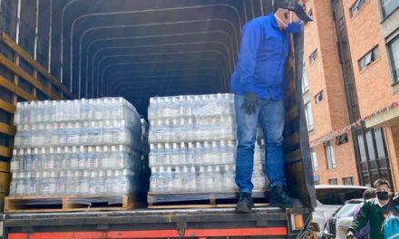 20 mil botellas de alcohol y 3 mil de gel antibacterial para Corabastos