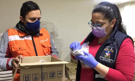 Profesionales de la salud en Soacha reciben elementos de bioseguridad