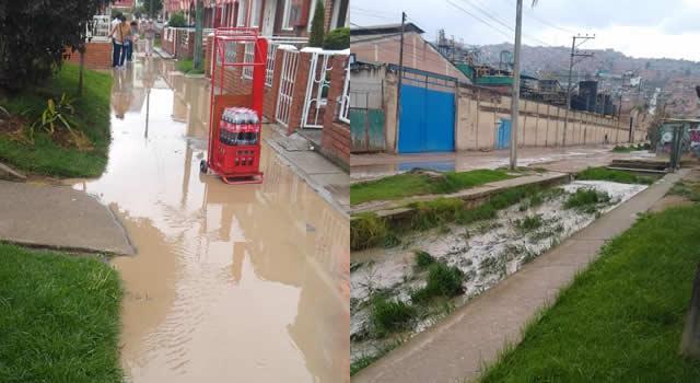 Bastó un solo aguacero para inundar zona residencial de Soacha