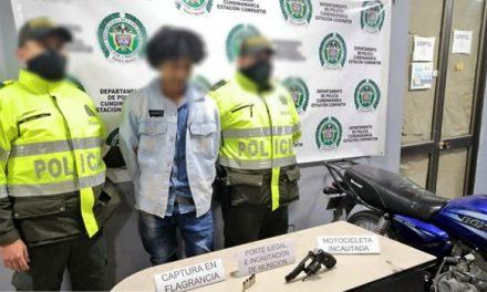 Detienen a dos extranjeros en Soacha por porte ilegal de armas de fuego