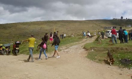 Cientos de personas invadieron lomas de Ciudadela Sucre en Soacha