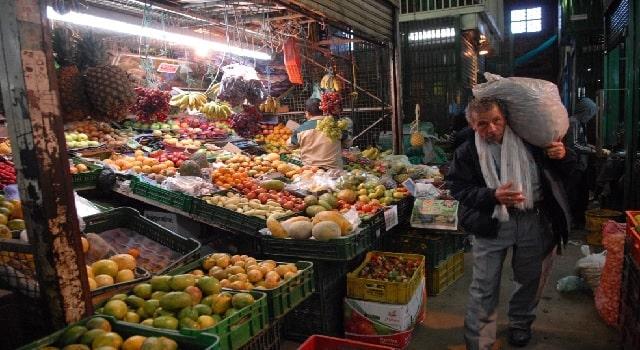 Autoridades recomiendan evitar compras pequeñas en Corabastos durante la cuarentena
