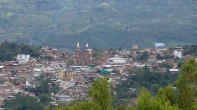 Encuentran irregularidades en contratos por Covid-19 de Arbeláez