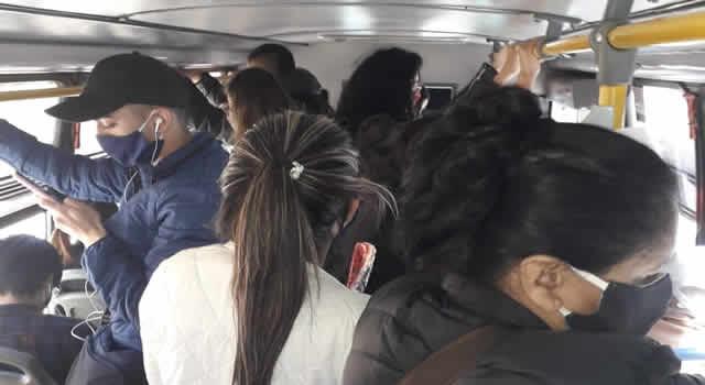 Autorizada ocupación máxima en transporte público hasta el 70%