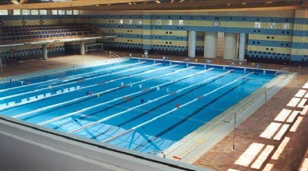 Escuelas de natación están al borde de la crisis