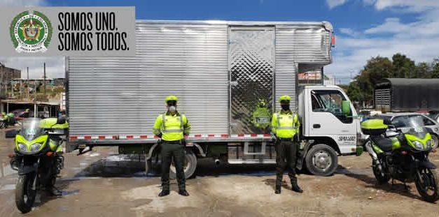 En  Soacha recuperan camión tipo furgón hurtado en Bogotá