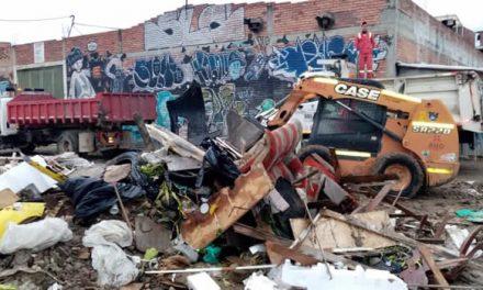 ¡Vuelve y juega! De nuevo se retiran escombros y basuras de un espacio residencial de Soacha