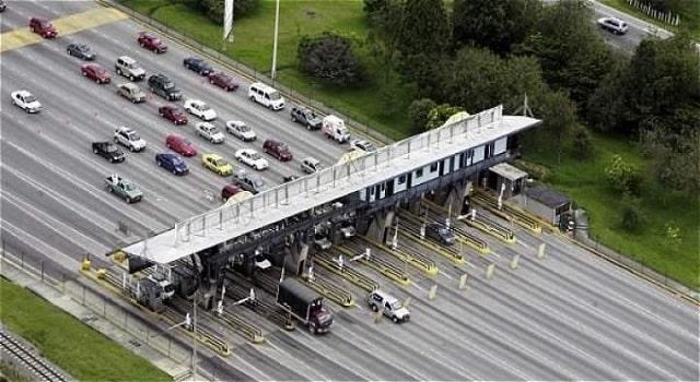 Transporte público fue exonerado de pago en peajes