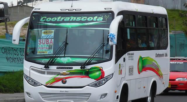 Asaltan bus intermunicipal  en la vía Bogotá-Cota