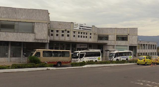 Reabren terminales de Girardot y Fusagasugá