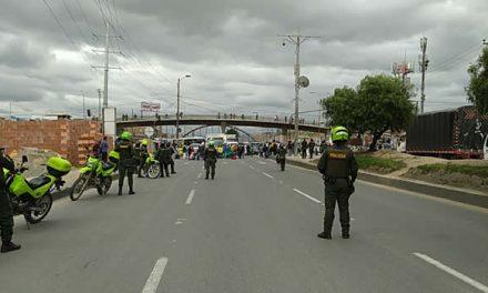 Por protestas en Soacha bloquean autopista Sur